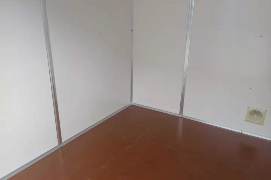 BLITZ 20FT SELF-STORAGE 2 RAUM